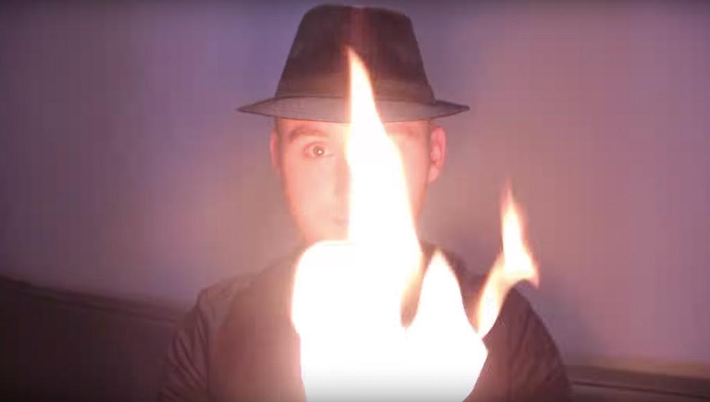 Illuminati - Jon Spade Magicien